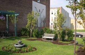 A past Keep Maryland Beautiful award given to the Newborn Holistic Ministries Jubilee Arts Program for a Meditation Garden in Baltimore.